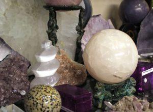 Crystal And Gemstones